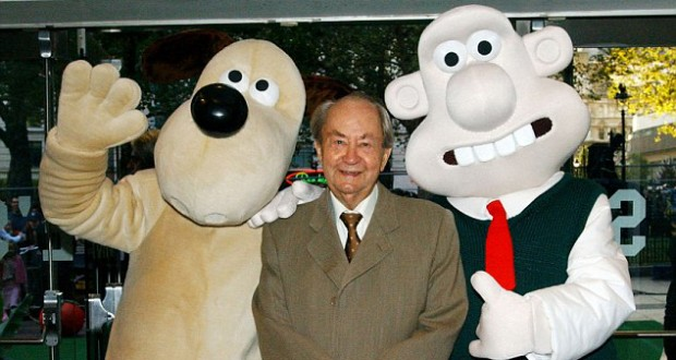 Wallace and Gromit star Peter Sallis has died aged 96