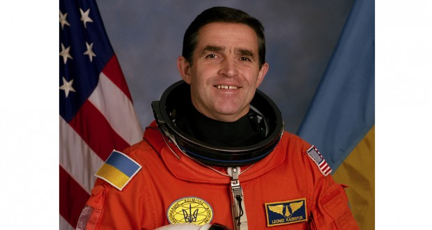 Astronaut Leonid Kadenyuk: Looking at the Earth from the Cosmos, you think it's our home, it's necessary to protect and save it!